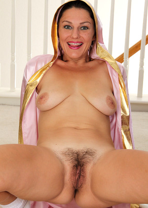 allover model mercedes milf interview porn pics