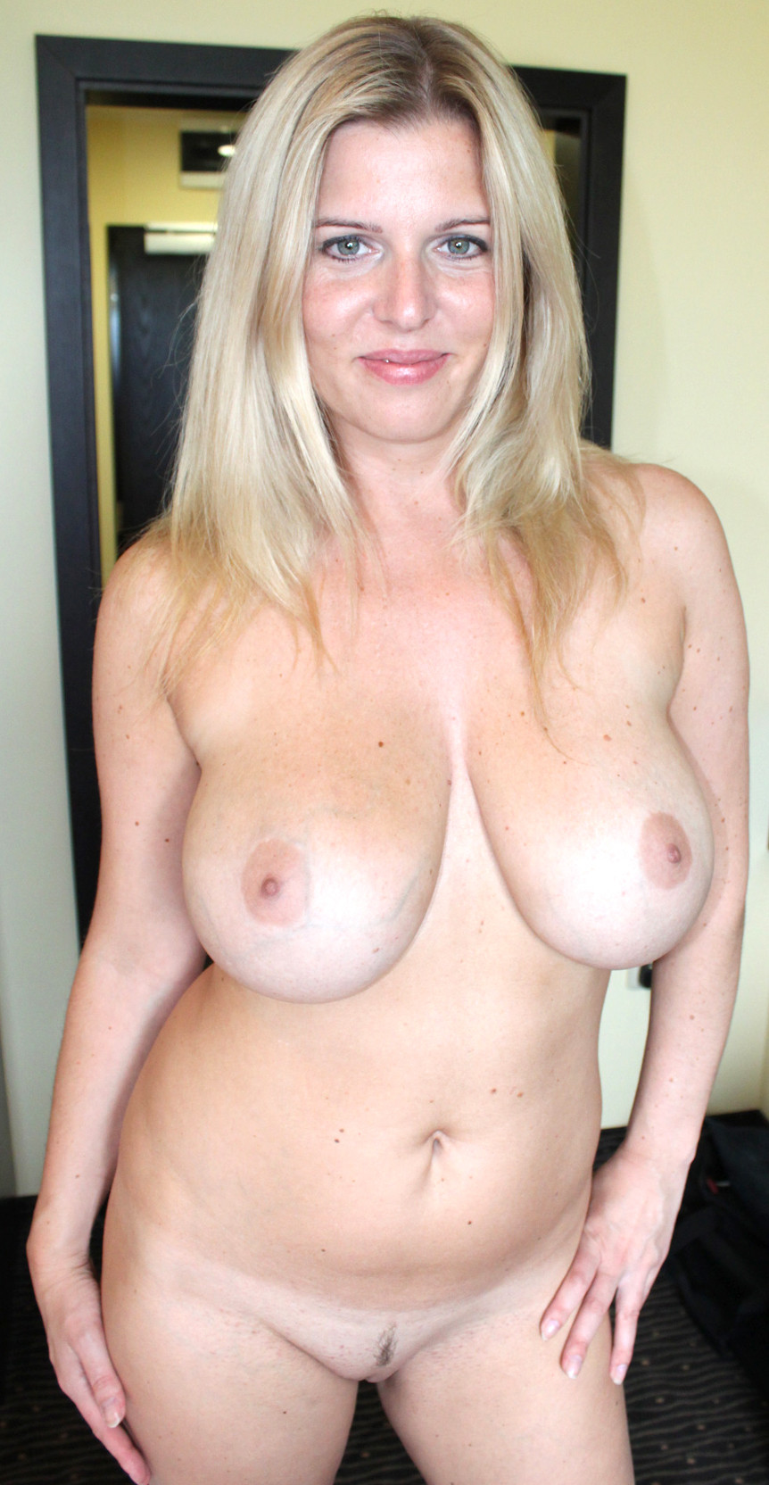Amateur Mature Blonde Wife