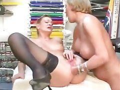 anal fisting lesbian two mature lesbians fisting pussy and ass