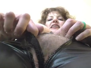 annabelle flowers in a catsuit serve your goddess 3