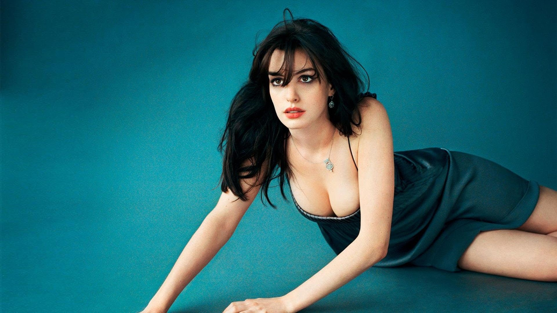 anne hathaway smoking hot pics naked pictures nude photos