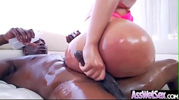 Big Booty Oiled Ass Porn - peyton sweet slut girl with big oiled butt 1 - XXXPicz