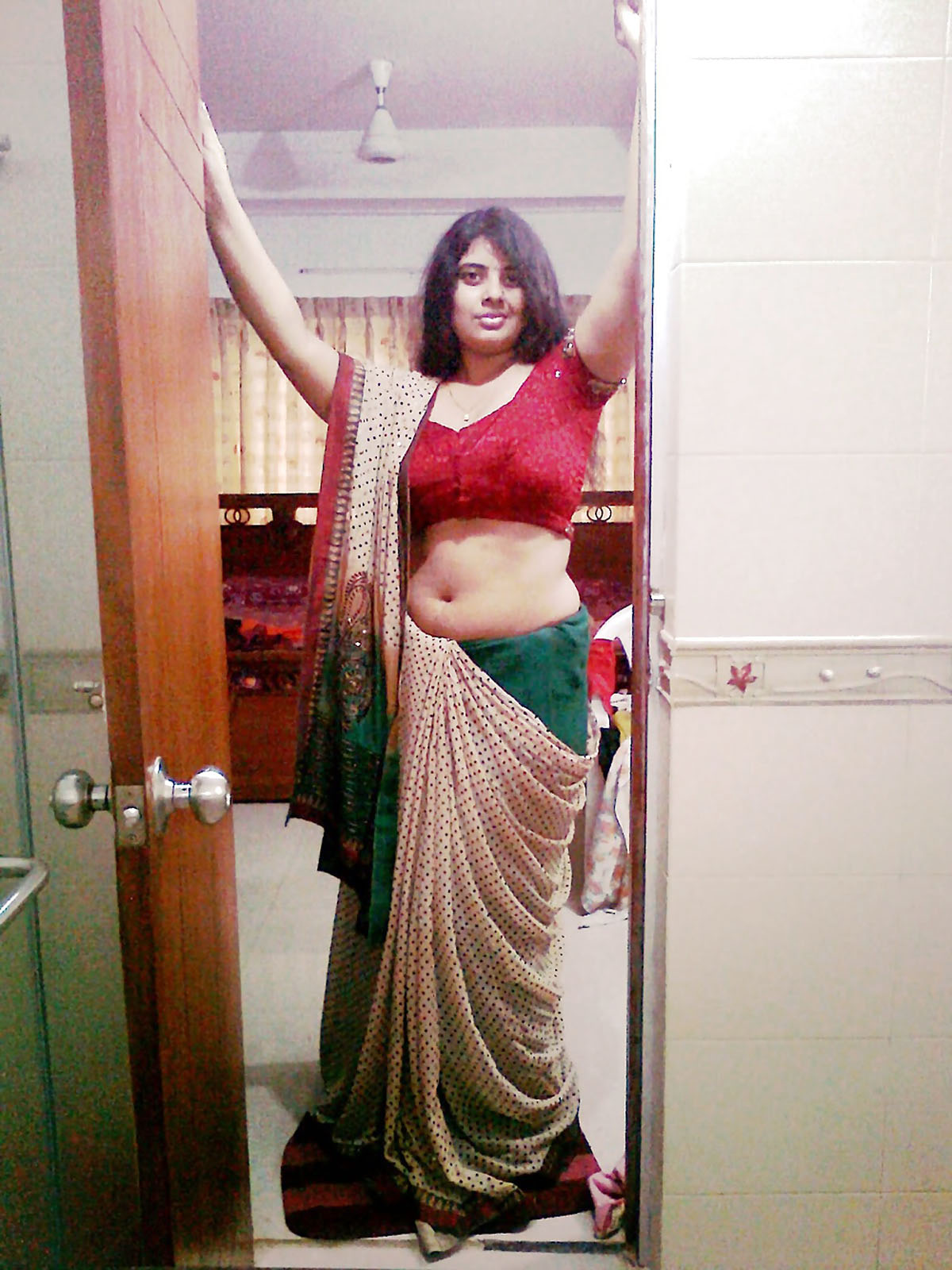 Big boobs saree