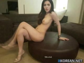 beautiful korean girl with her boyfriend on cam 2