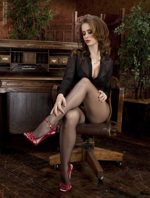 best legs and heels and beautiful ladies images on pinterest 1
