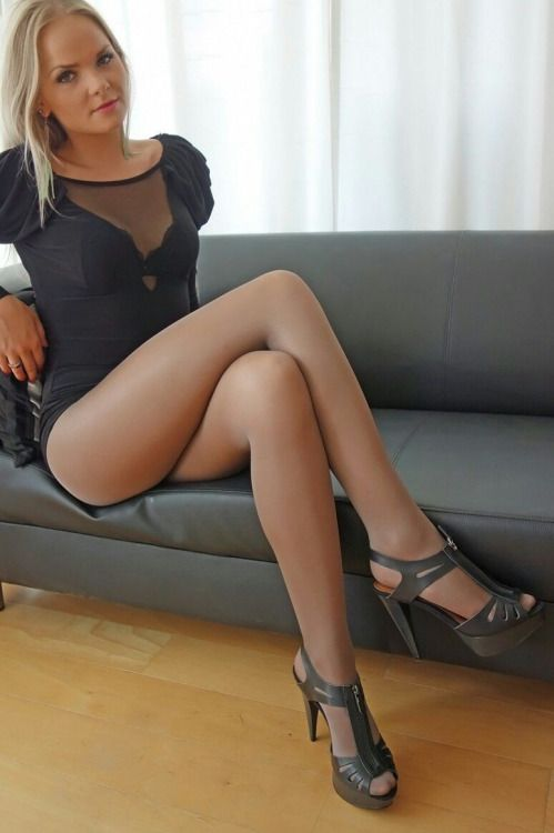 Recommend Legs stockings and pantyhose porn