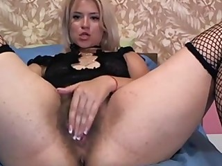 big ass busty blonde fingers her hairy