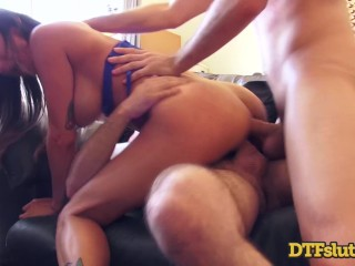 Rough Anal Threesome With A Squirt Tmb