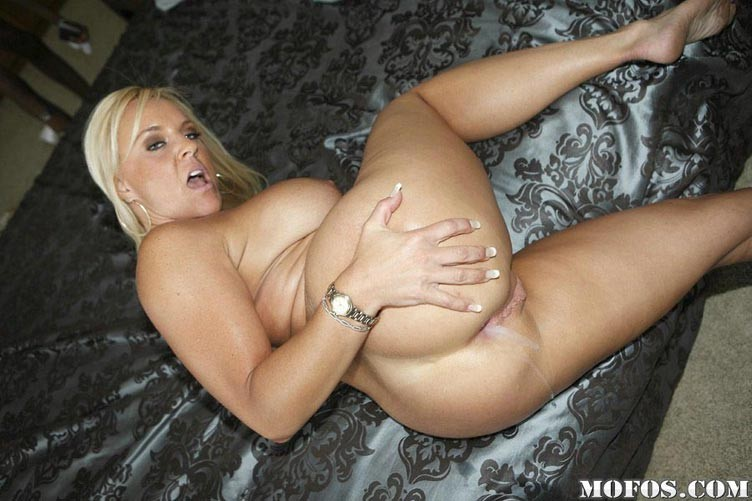 Creampie Blonde Big Tits