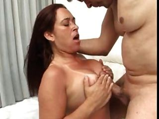 wife sucks amateur fat cock