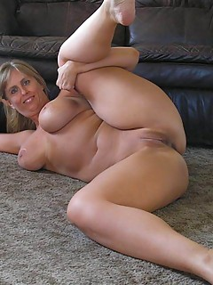curvy voluptuous women 4