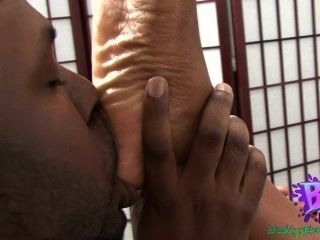 ebony foot worship porn videos