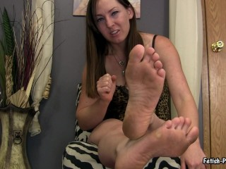 fetish princess kristi degrades and humiliates losers with her dirty feet 1