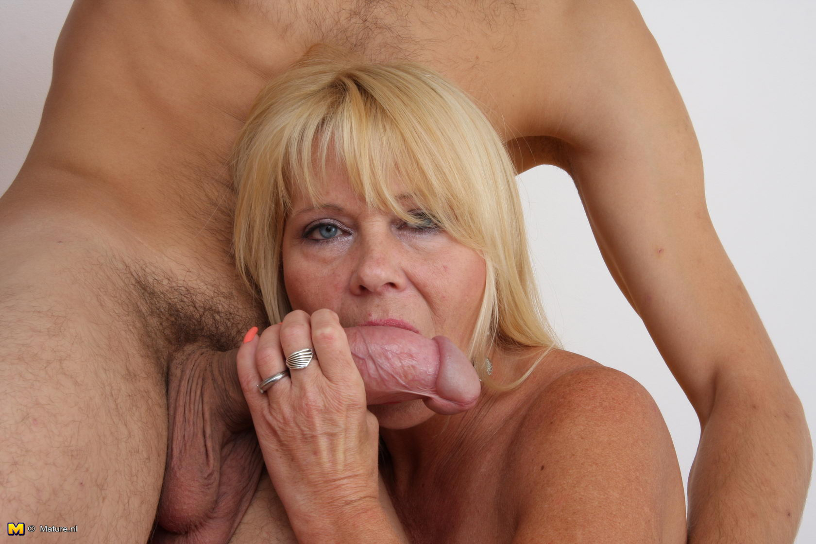 Free milf picture galleries