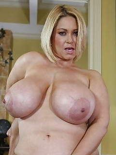 Question Hot naked fat big pussy moms