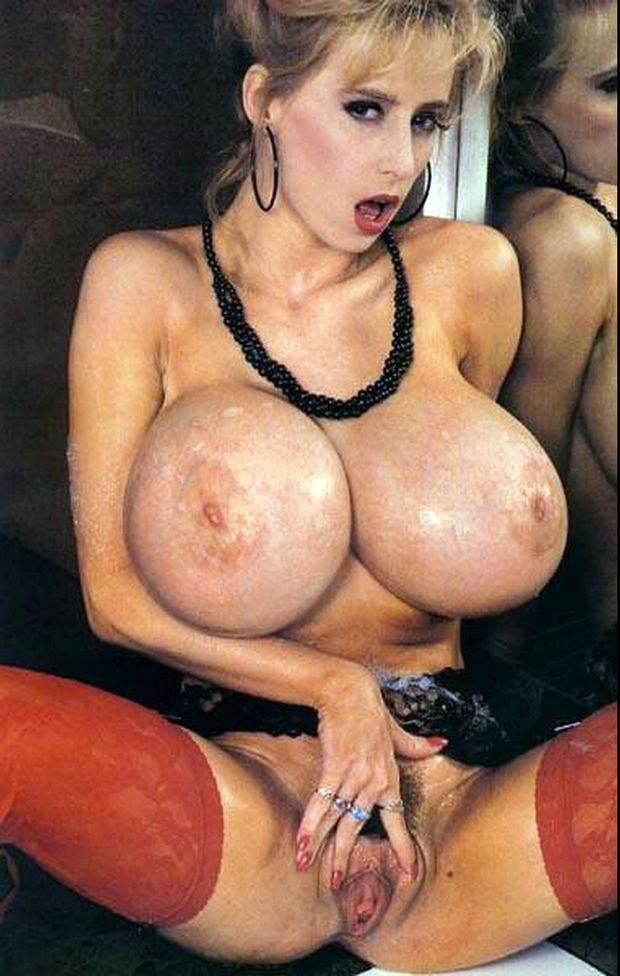 British Mature Huge Tits