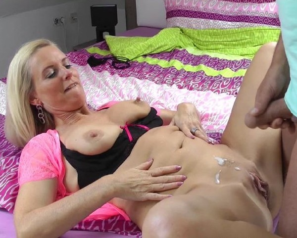 Blonde Milf Throat Fuck