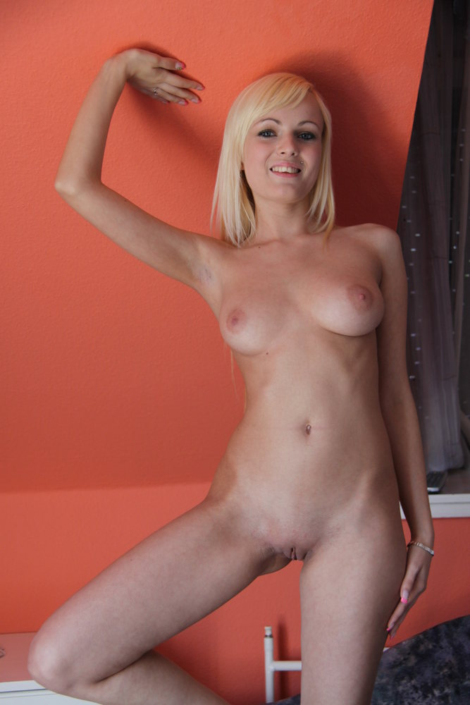 Blonde College Teen Amateur