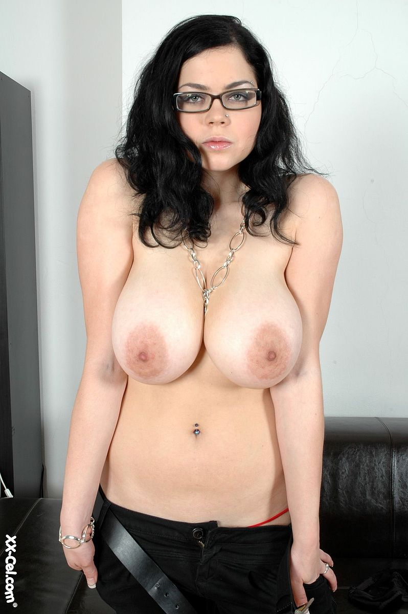 Webcam Big Tits Glasses Nerdy