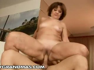 clips video granny Mature