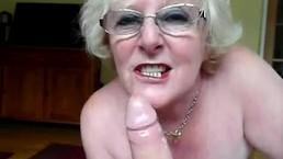 Ugly hungarian mature sucking in car