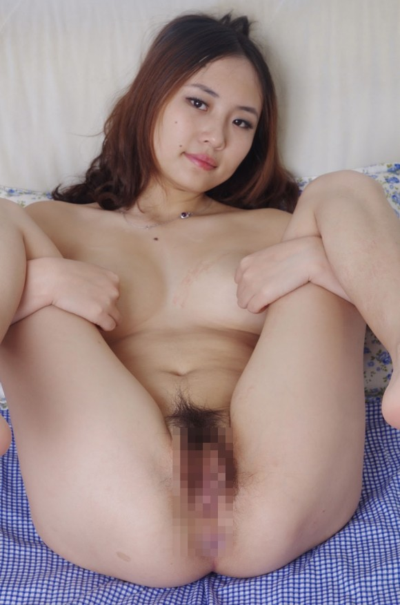 Asian chick nude her panty