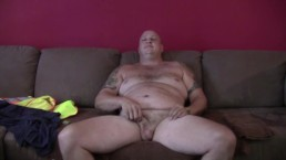 hot tattooed chubby construction worker solo