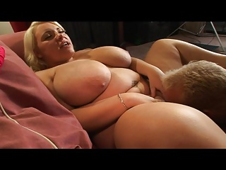 Saggy tits mature masturbating hd