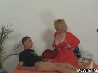 Son in law fuckin mother in law free sex pics