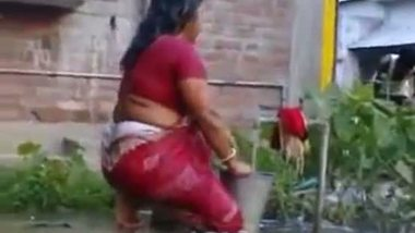 indian outdoor big ass aunty fucked porn video