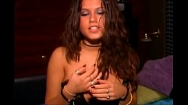 jersey shore italian whore shows her nice rack free video fap
