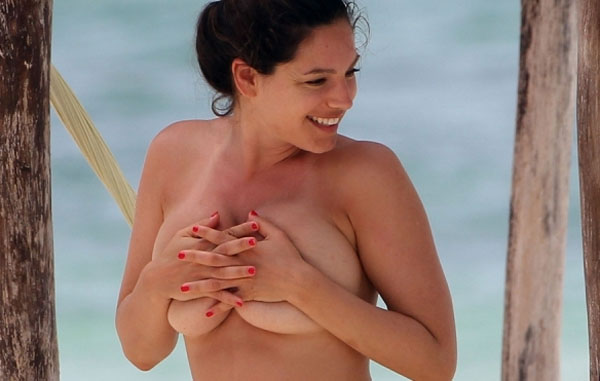 kelly brook naked photos perfect body in tulum mexico