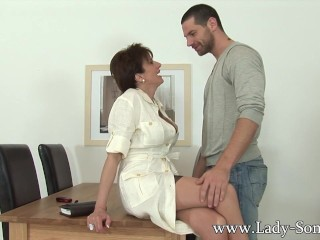lady sonia gets fucked husbands employee 2