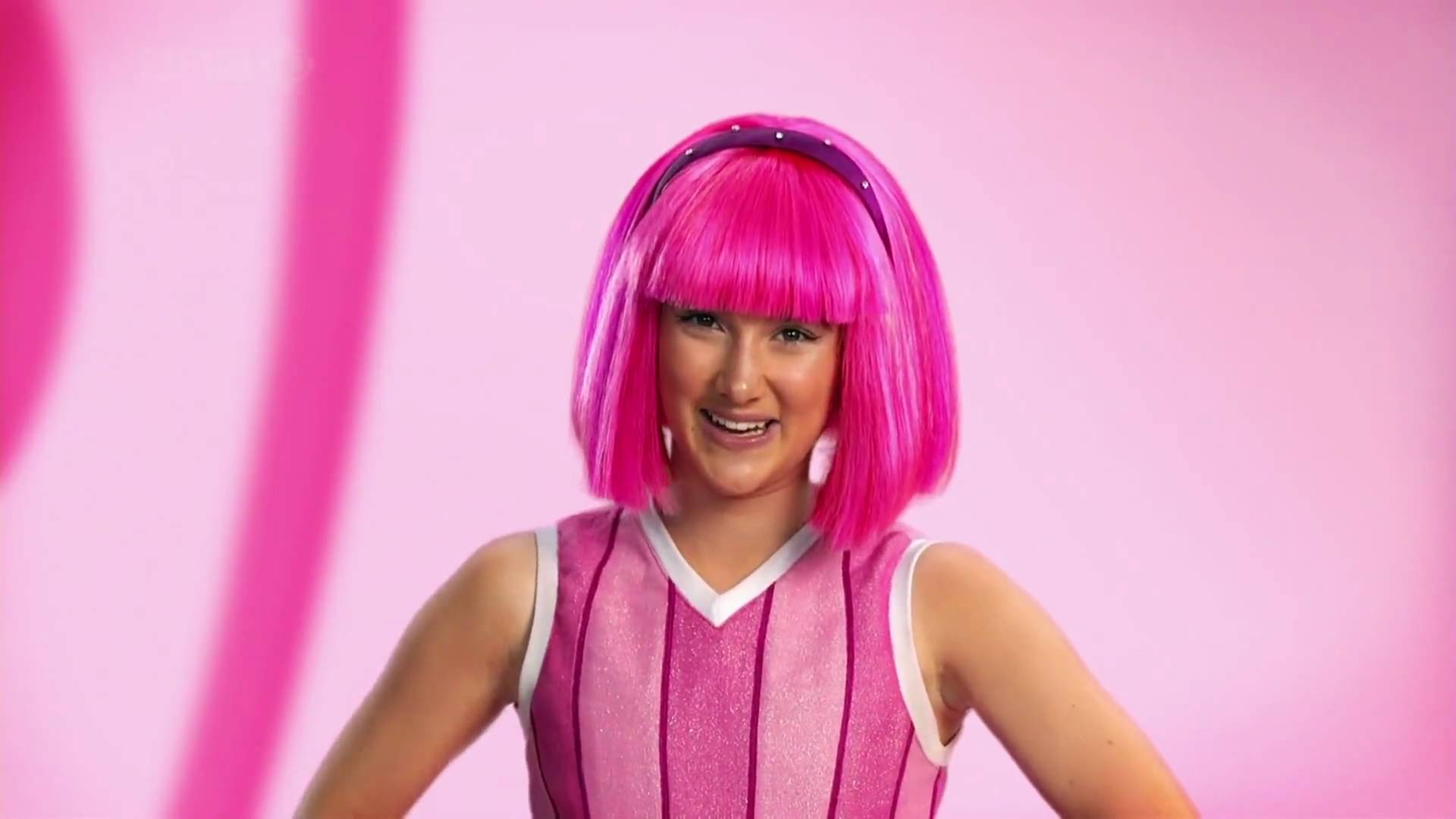 Stephanie lazytown lookalike video