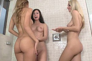 lesbians dildofuck in shower big tits watch porn for free