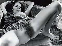 Sexy mature naked classic