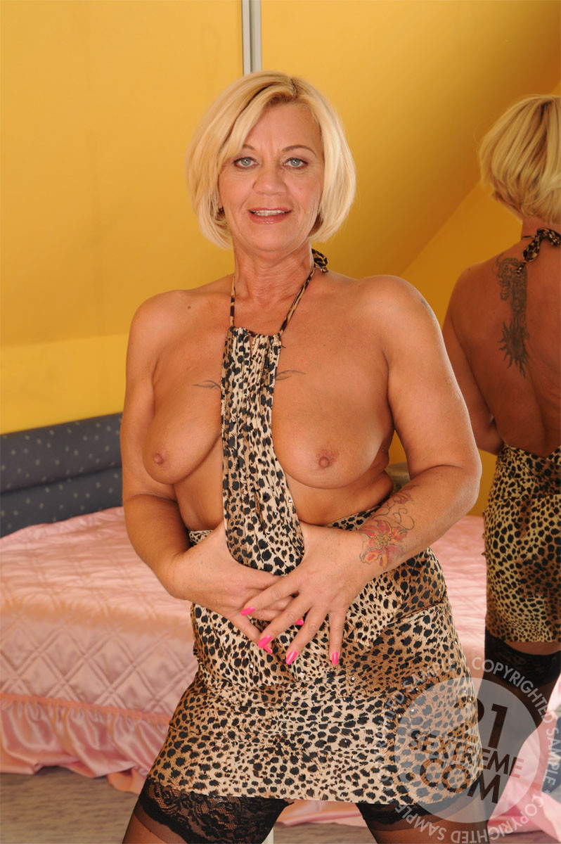 Lusty Mature Ladies Having Sex With Boy Toys This Is Old Young 2