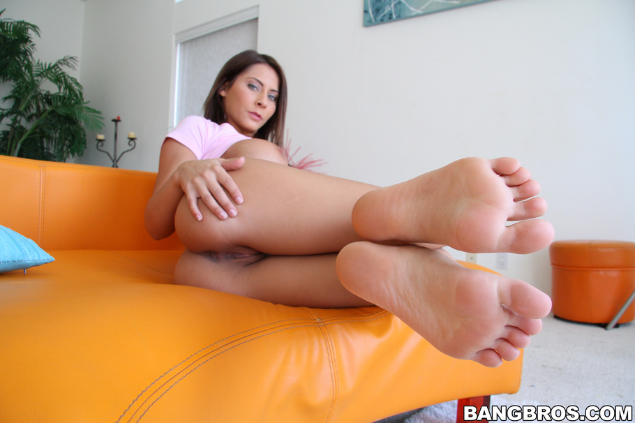 madison ivy feet Nude