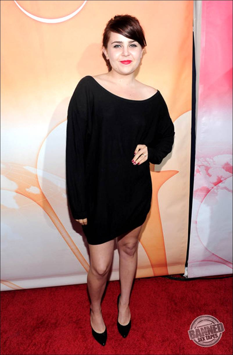 mae whitman porn fakes showing images for mae whitman porn