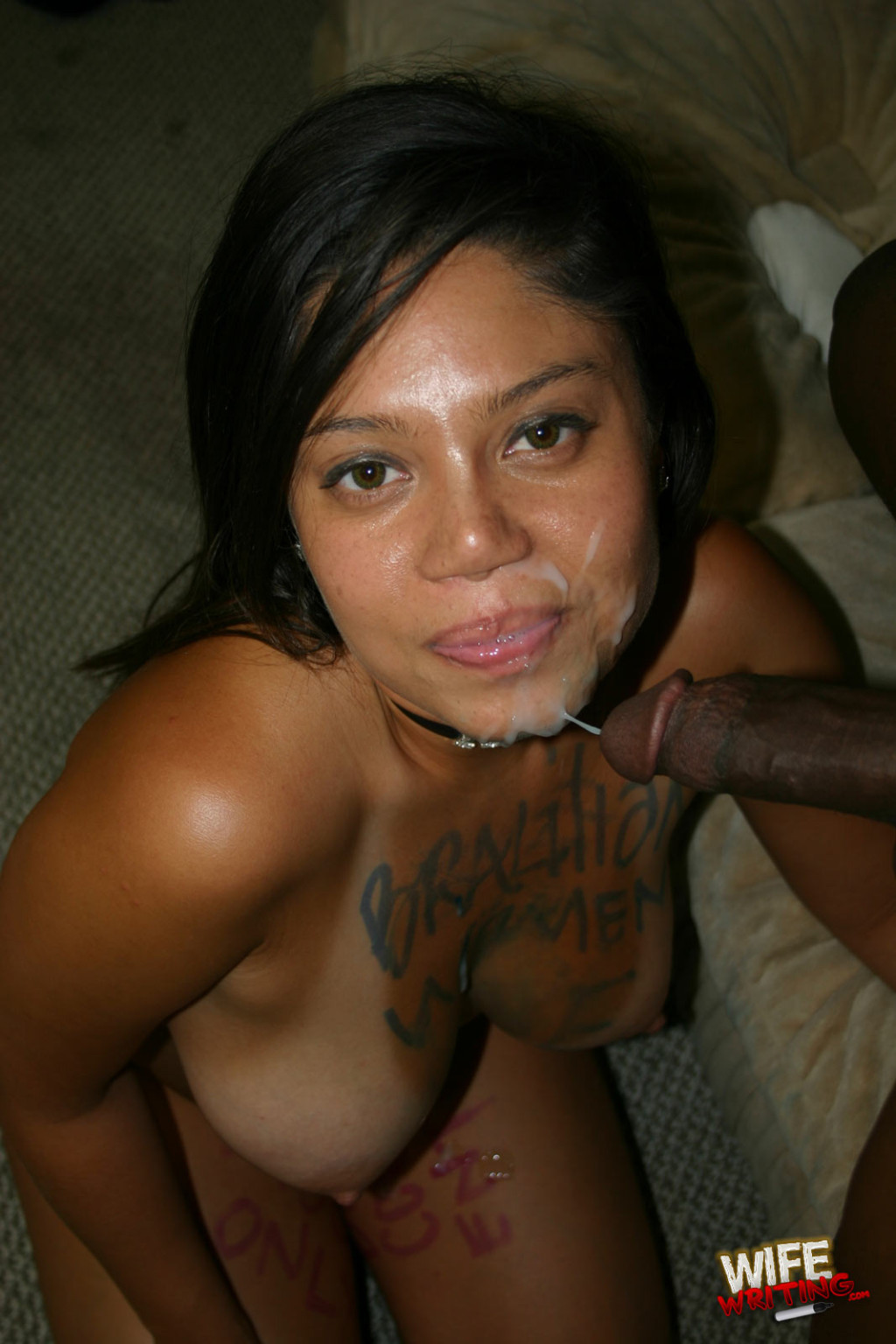 Latinas facial