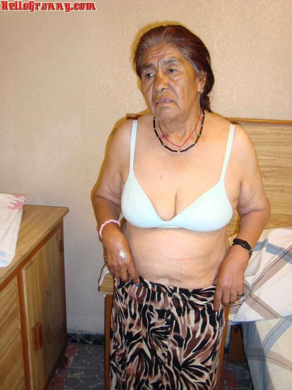 Indian granny nude photos