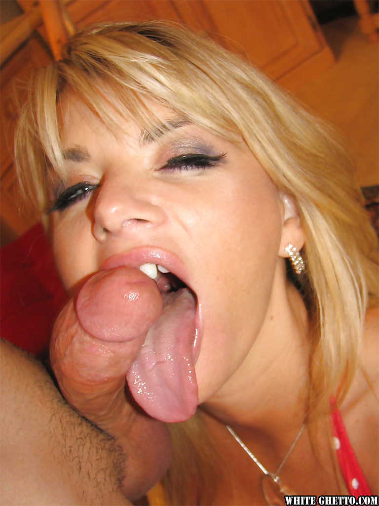 milf blonde vicky vette gives a hot deep blowjob and gets cumshot 3