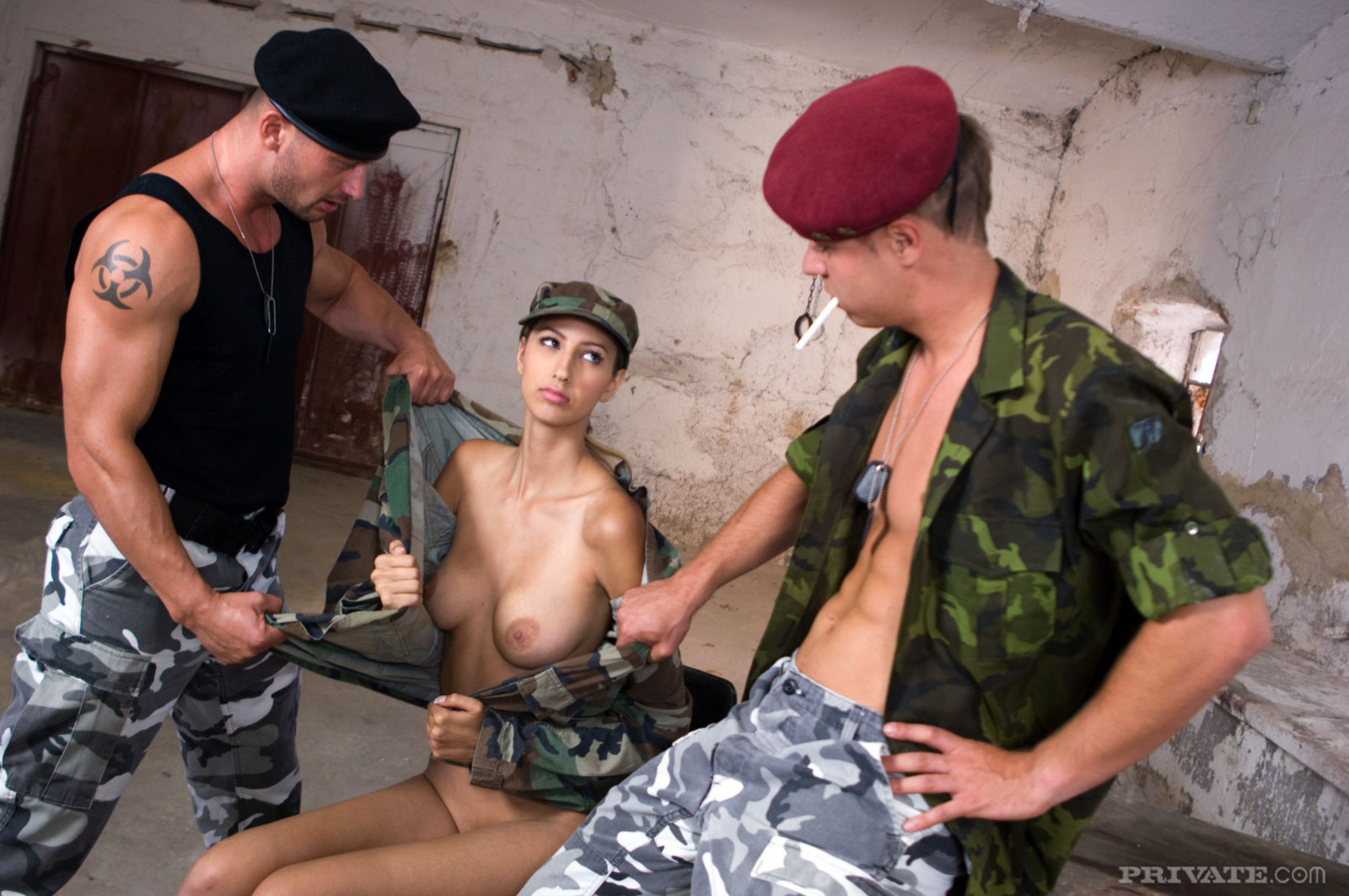 Showing images for chinese military girls porn xxx