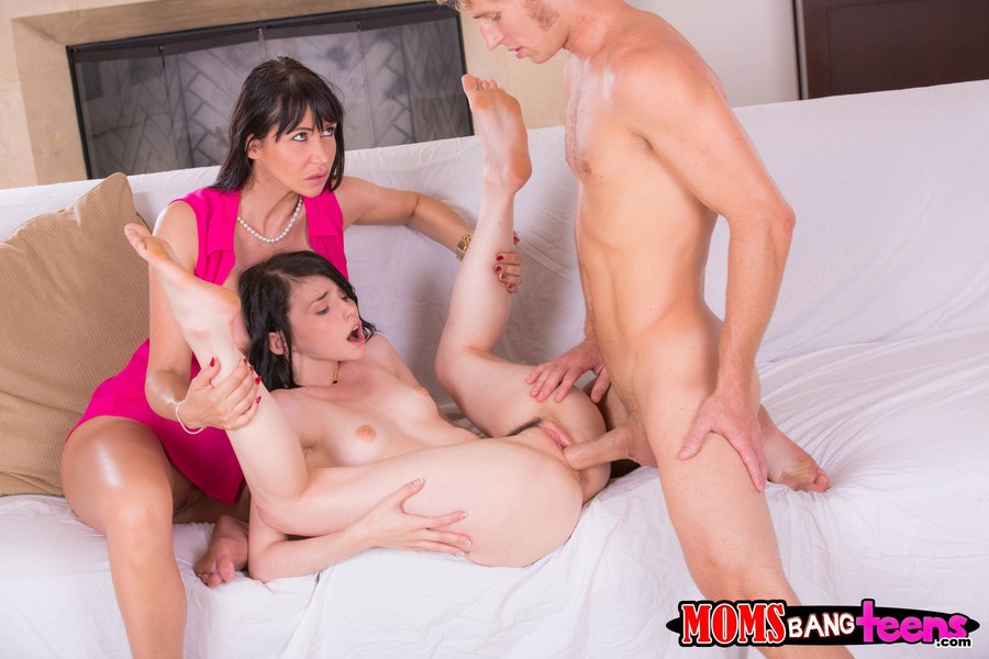 Moms Bang Teens Full Videos Watch Free