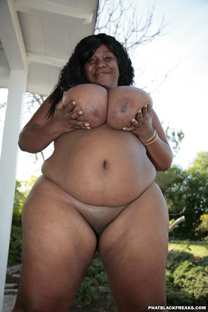 Pictures of naked huge black women