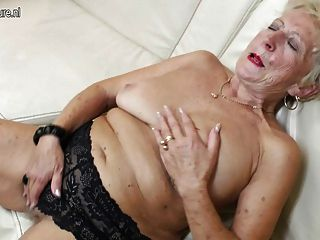 Kirstie alley shaved pussy