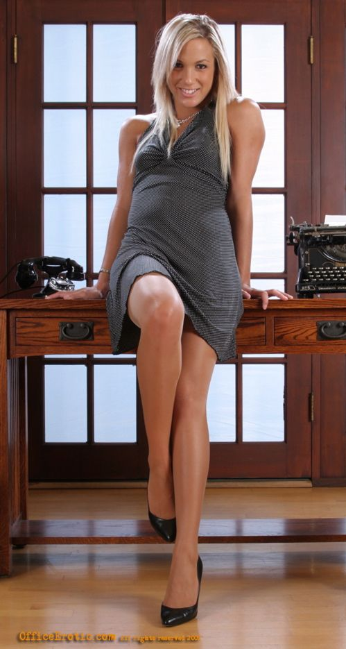 pantyhose places to visit pinterest legs tan pantyhose and sexy curves