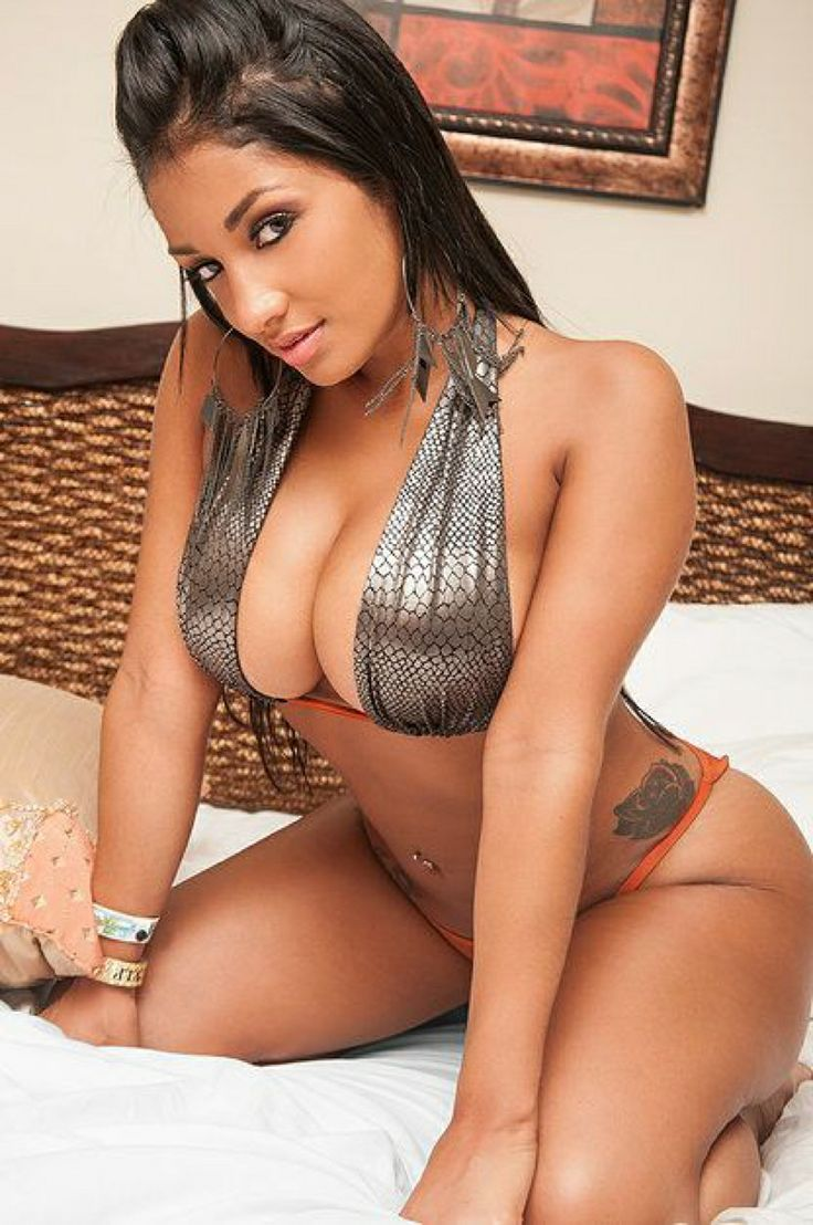 Hot naked latin chicks