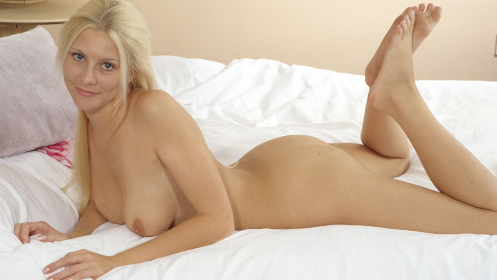 Hot Young Blonde Webcam