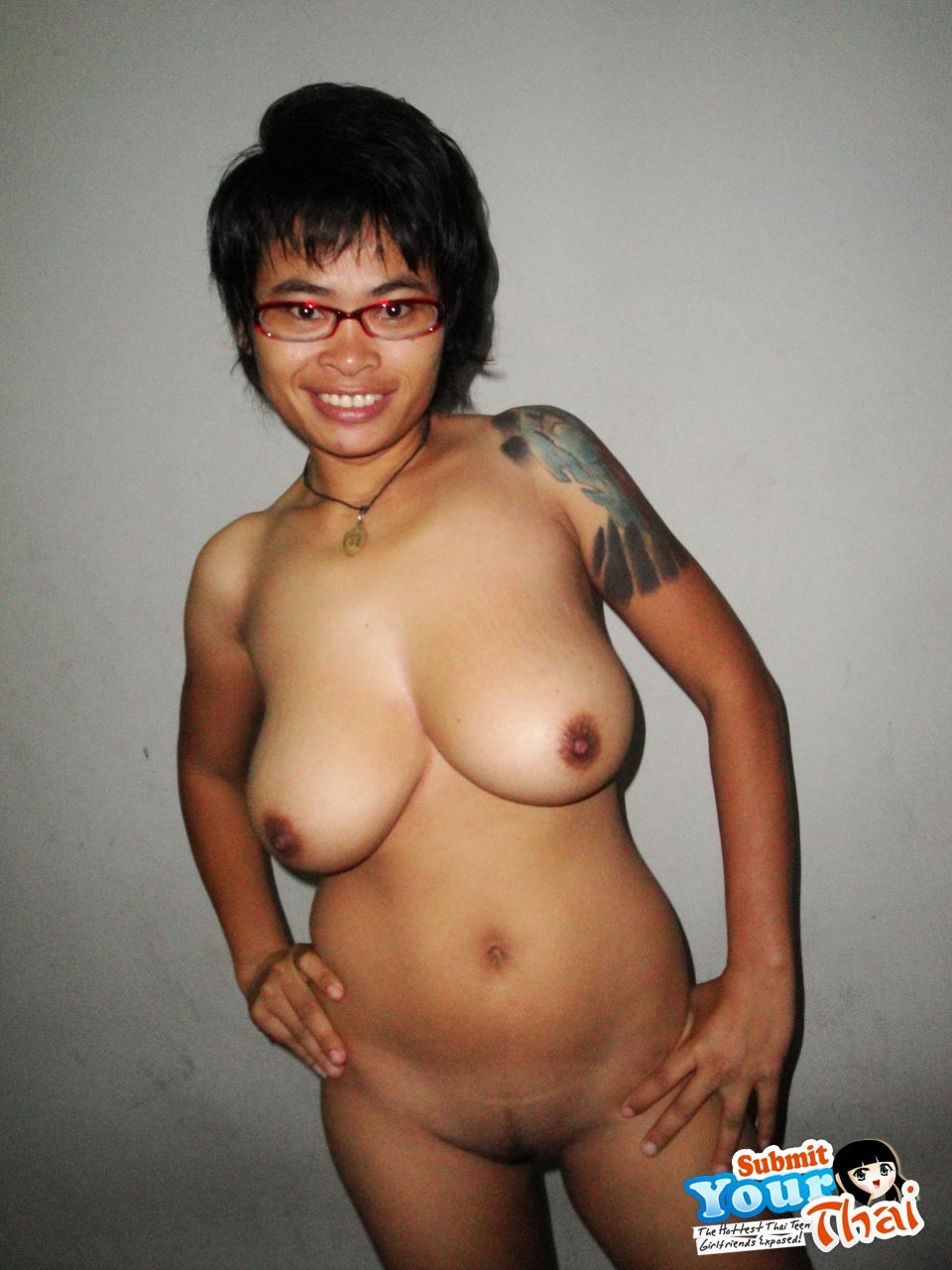 Girls thai big tit